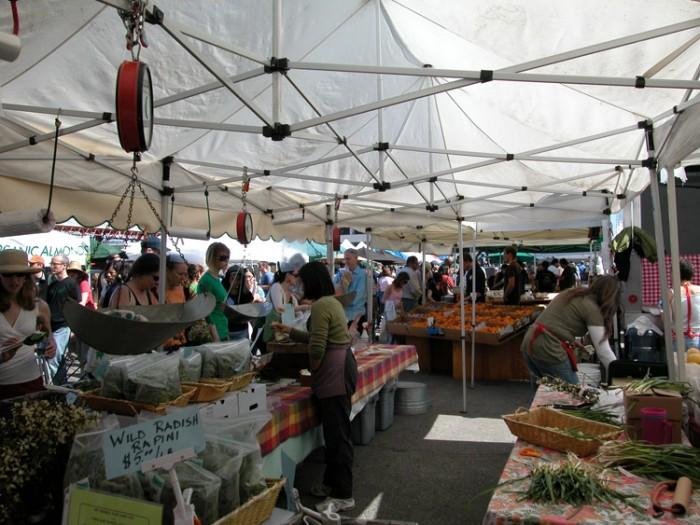 rp_farmers-market-2-e1400603365522.jpg
