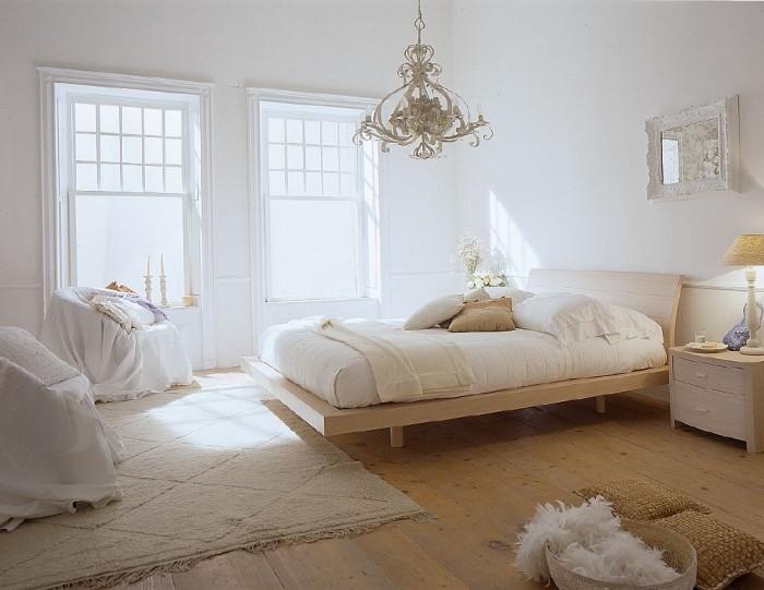 rp_White-Bedroom-Filled-With-Light-e1407262892231.jpg