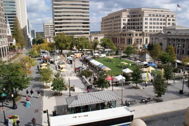 Spring is in the air….And that means… The Downtown Farmers Market Grand Opening May 17th