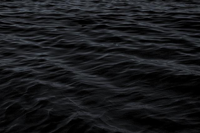 dark_1845685_640_640.jpg